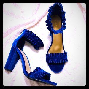 Ruffles trim blue velvet heels